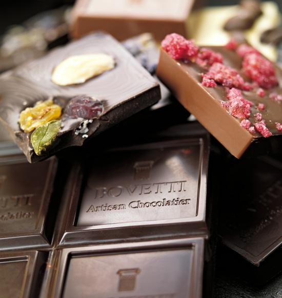 Ciocolata Bovetti - numai cu unt de cacao pur